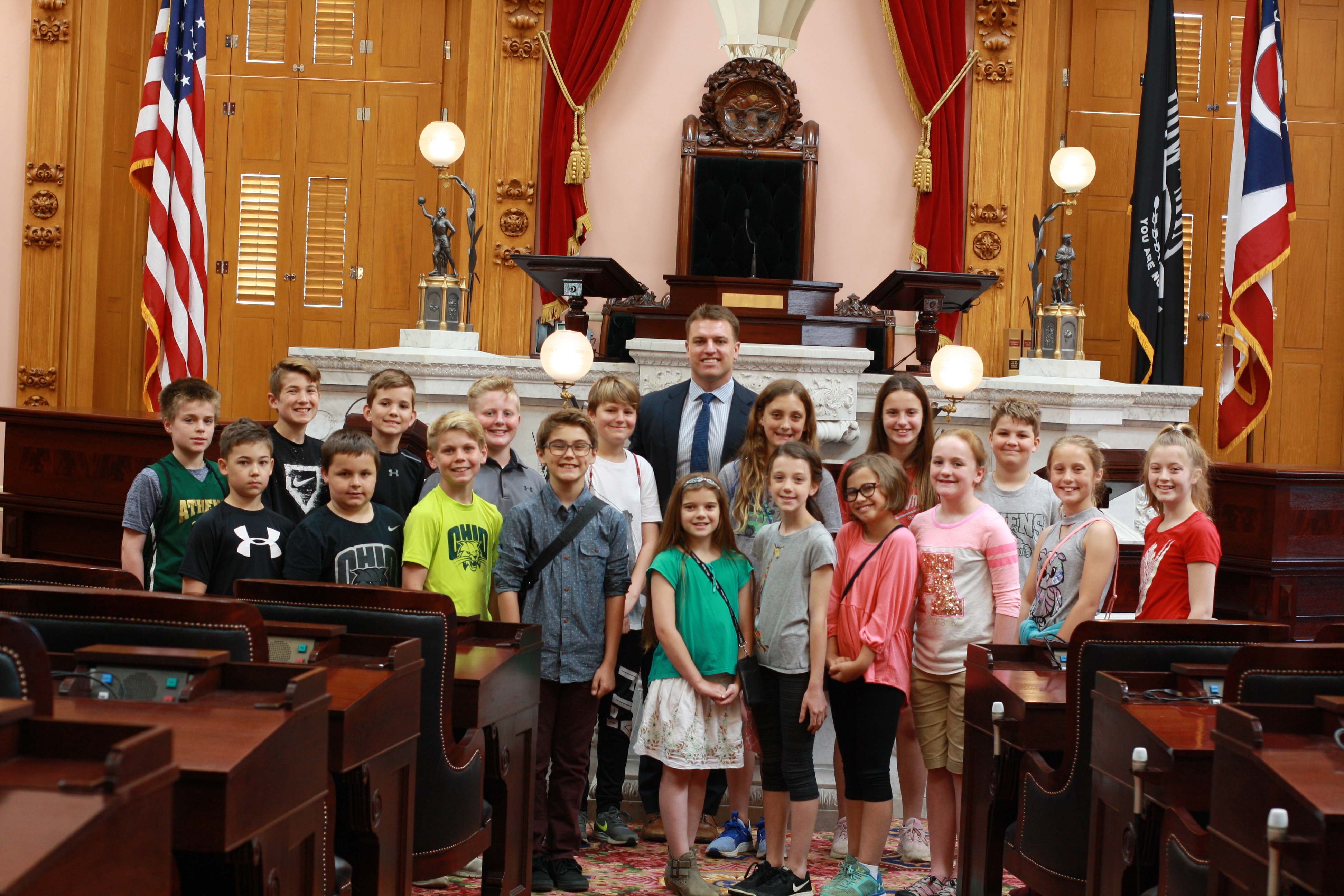 MoGo Student Council meets with Representative Edwards at Ohio Statehouse