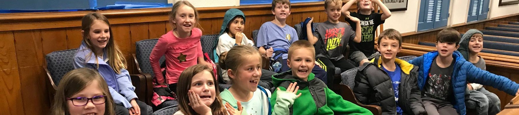 3rd Grade Students Visiting Athens Courthouse