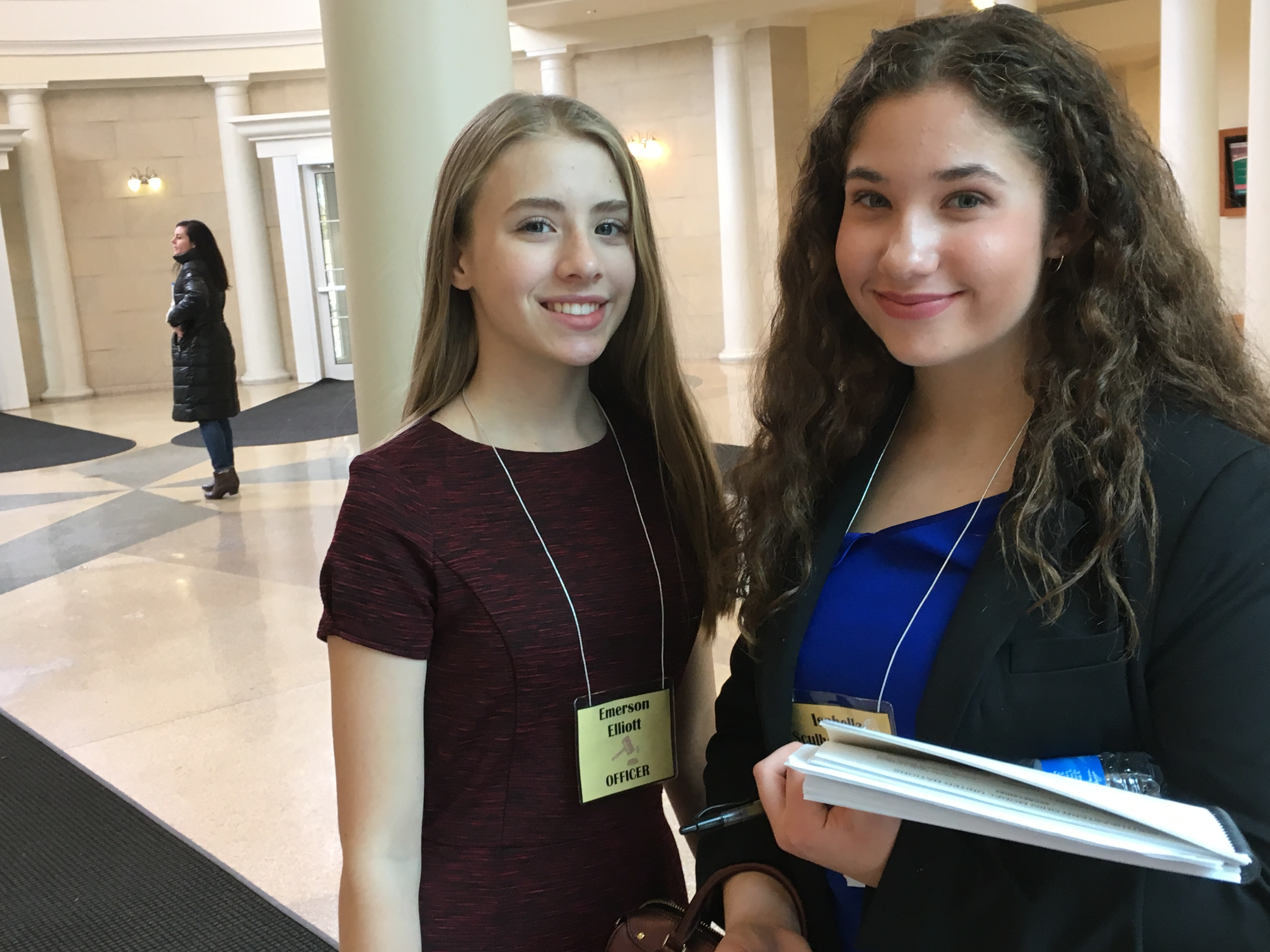 President Emmy Elliott and Secretary General Isabella Scully Tenpenny at Southeast Ohio Model UN